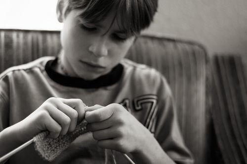 Enoch knitting blpg