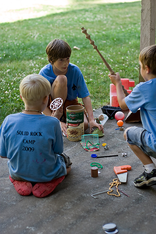kids invent things at diy family camp